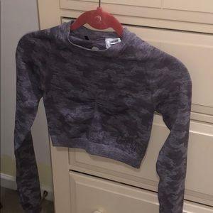 NWOT Gymshark seamless long sleeve camo crop top